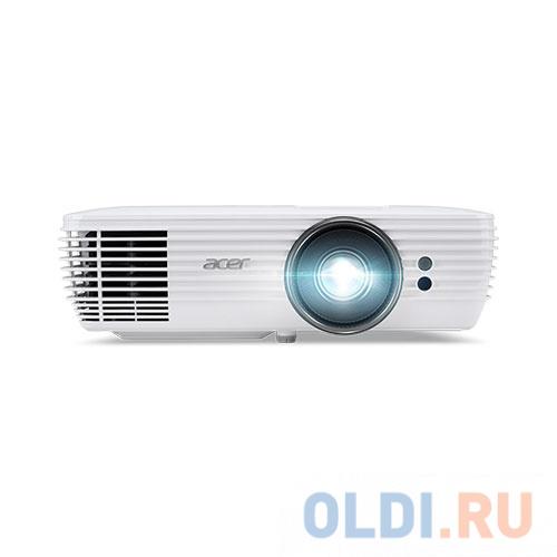 Фото - Проектор Acer V6815 3840x2160 2400 люмен 10000:1 белый MR.JQJ11.001 проектор