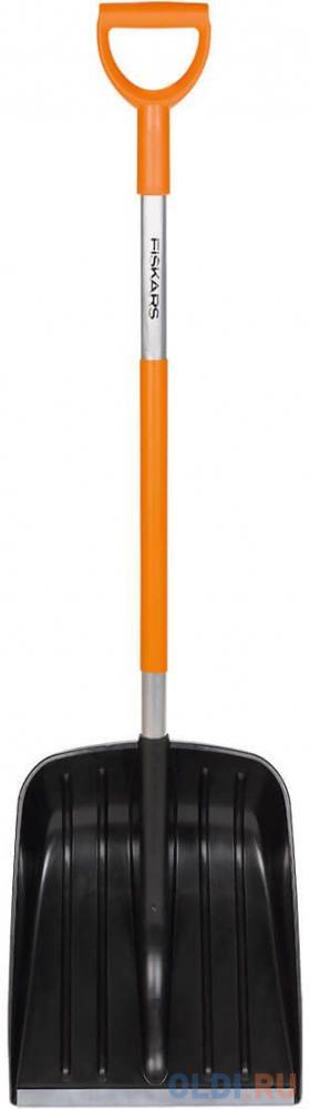 Лопата FISKARS 141001  для уборки снега облегчённая.